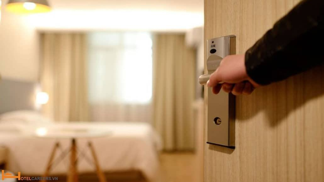 An toàn cho khách cũng như nhân viên
