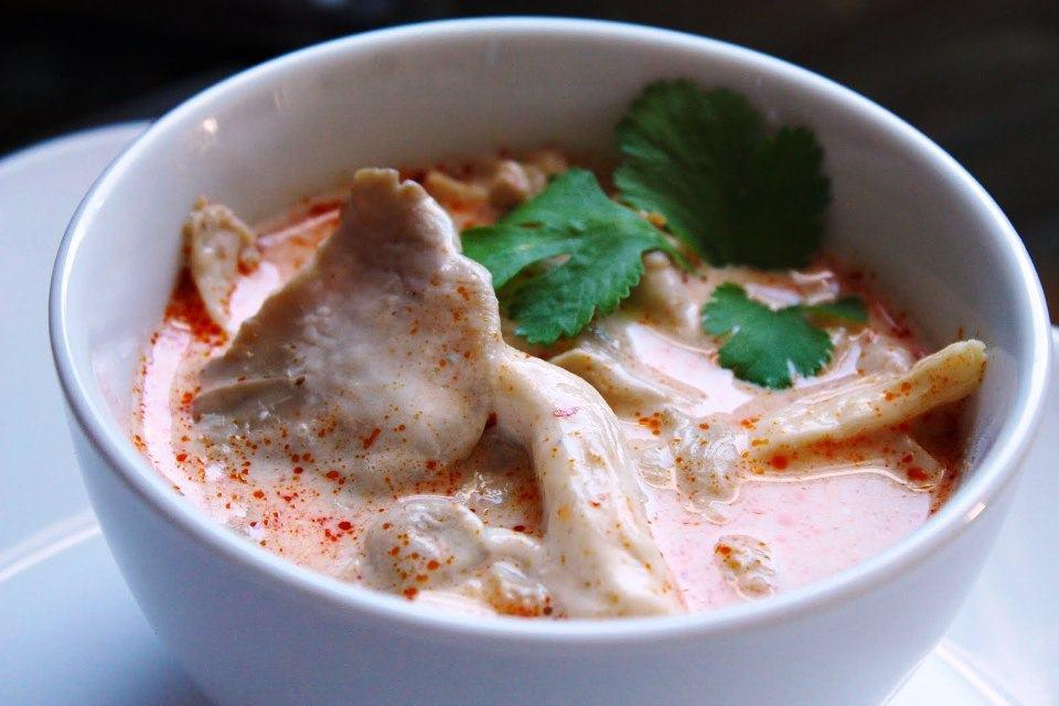 Tom kha kai (Súp dừa Thái)