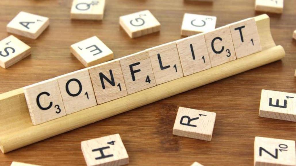 Bạn giải quyết mâu thuẫn trong công việc?