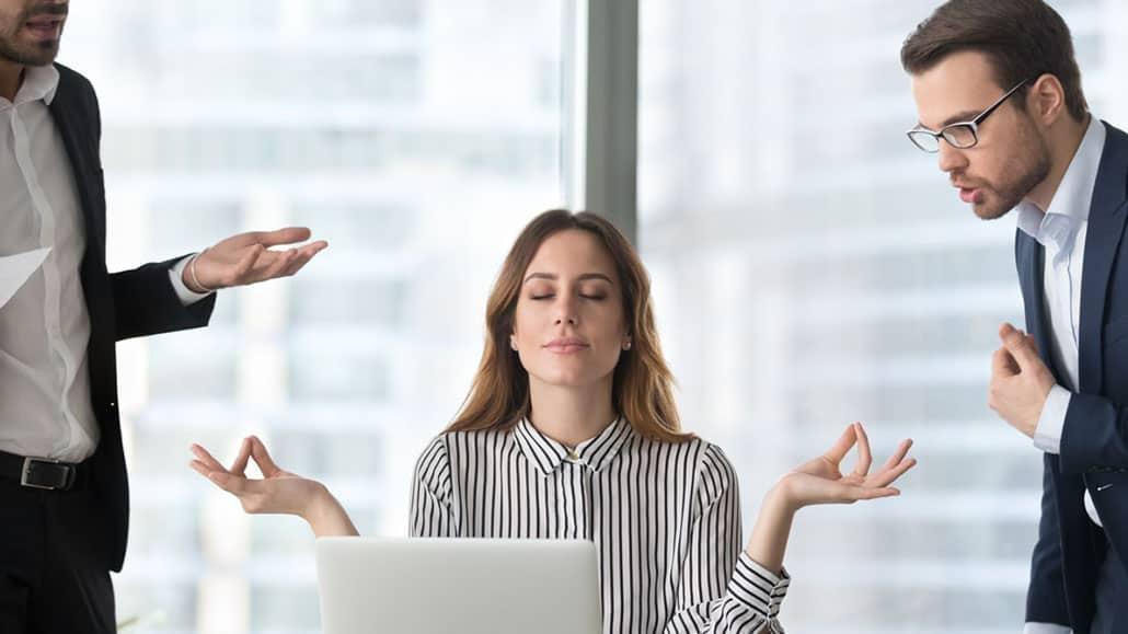 Các kiểu đồng nghiệp công sở bạn nên tránh