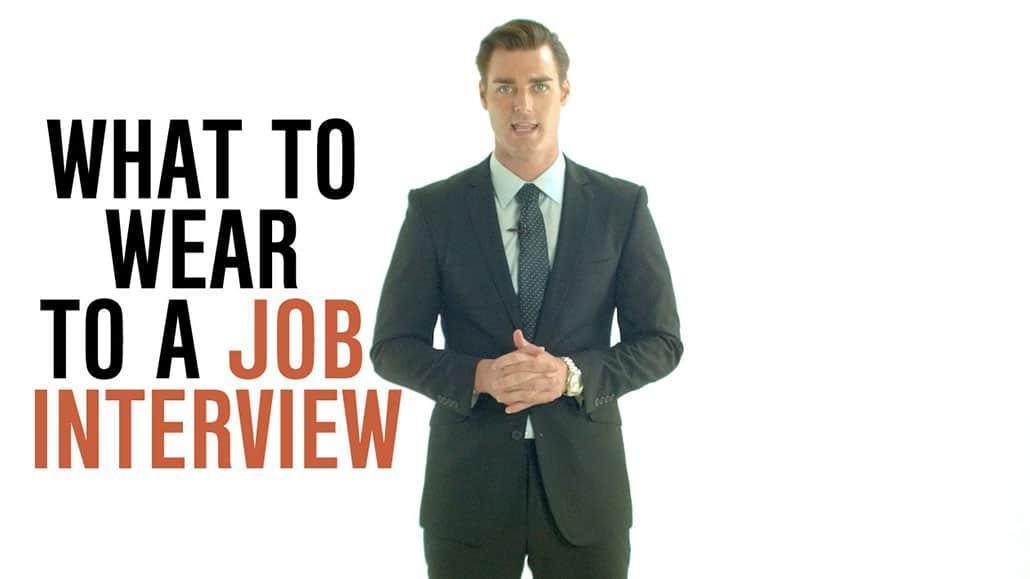 Chuẩn bị trang phục chỉnh tề trước khi phỏng vấn