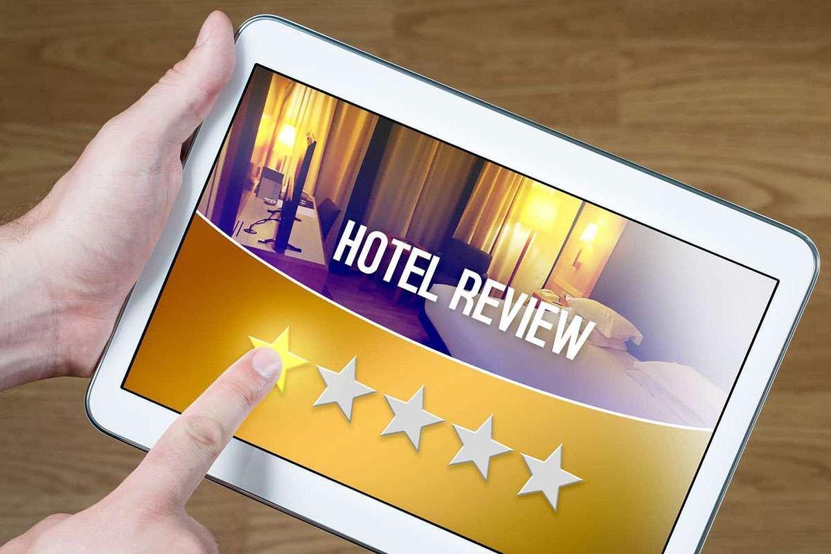 Đánh giá khách sạn