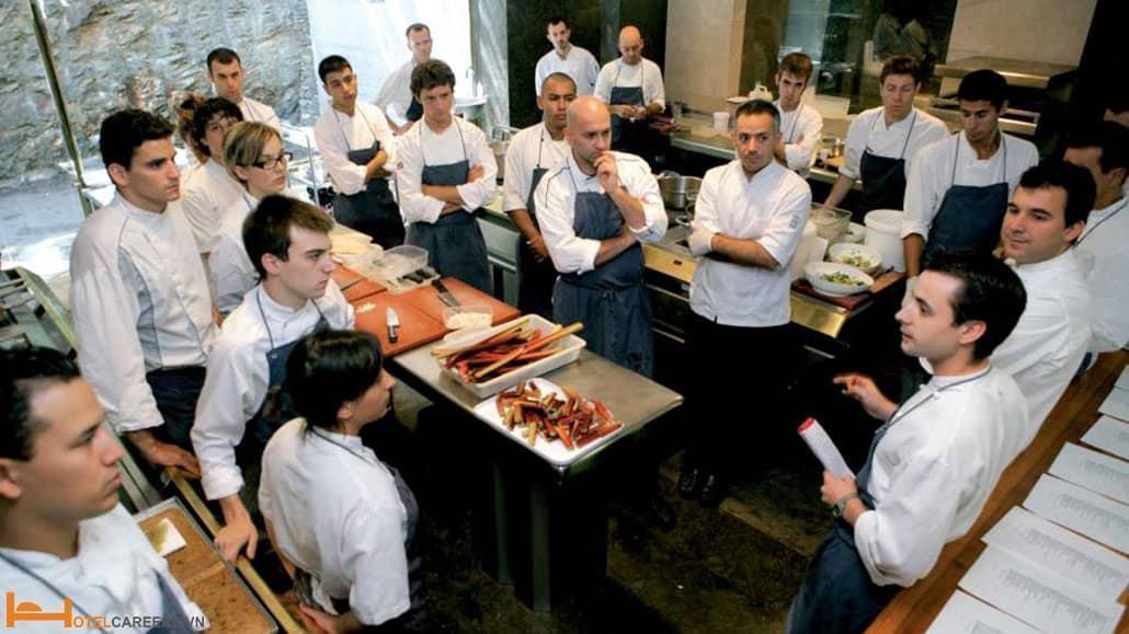 Đào tạo nhân viên nhà hàng