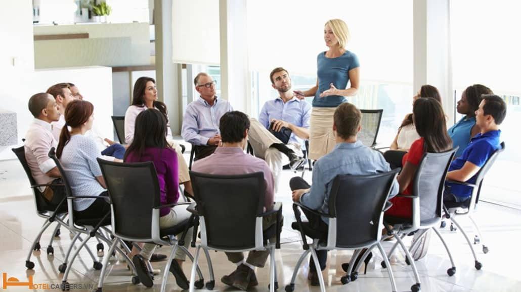Đào tạo và định hướng cho nhân viên