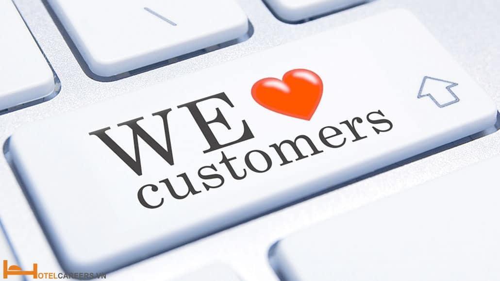 Bạn phải biết yêu khách hàng dù họ mua ít hay nhiều