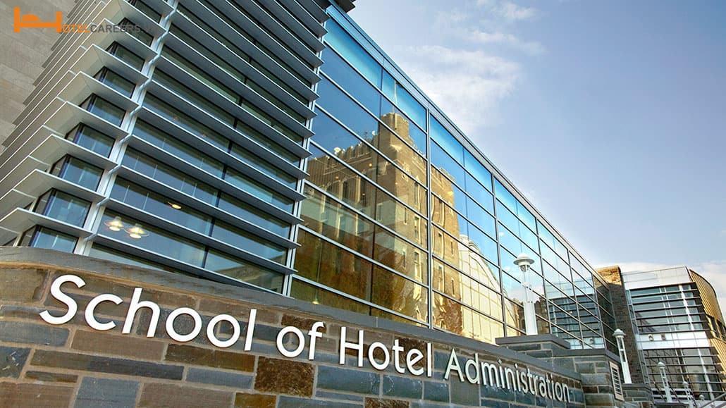 Học ngành quản trị khách sạn có dễ xin việc?