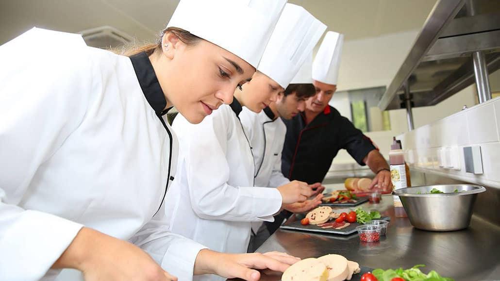 Học nghề bếp ở Hà Nội