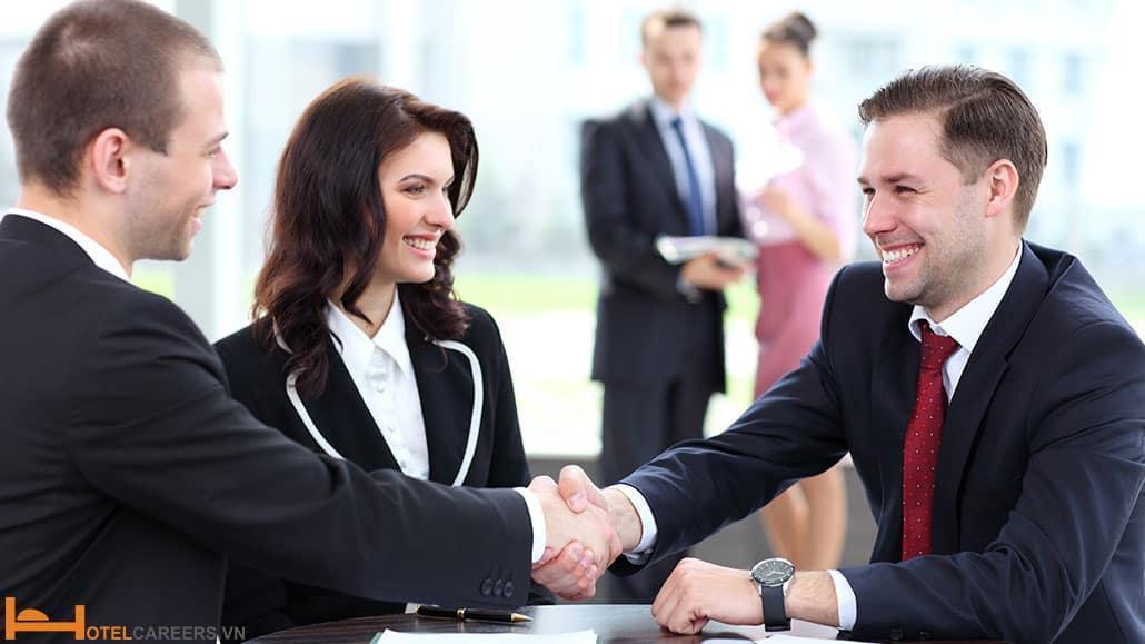 Kỹ năng giao tiếp trong ngành khách sạn