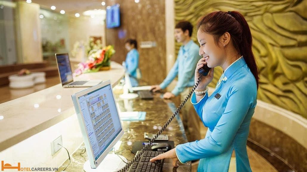 Giáo trình nghiệp vụ lễ tân khách sạn bước đệm cho những lễ tân khách sạn cần có