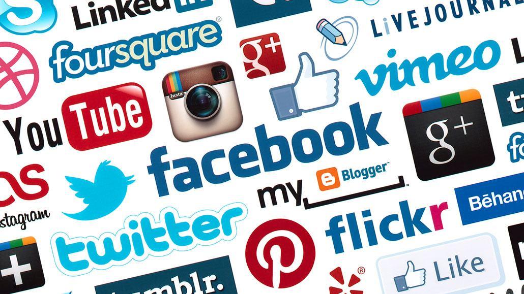 Mạng xã hội trong chiến lược thương hiệu tuyển dụng khách sạn trực tuyến
