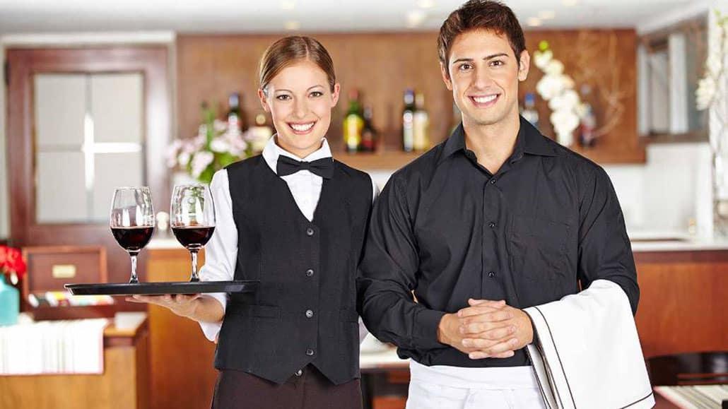 Cách mô tả kinh nghiệm của nhân viên phục vụ trong CV