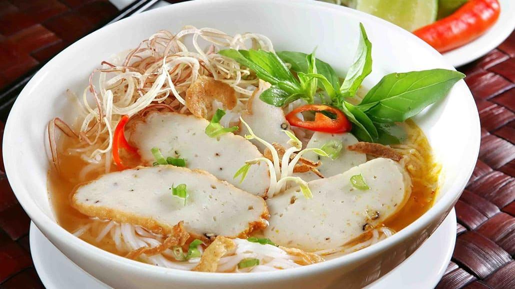 Cách làm món bún chả cá miền Trung