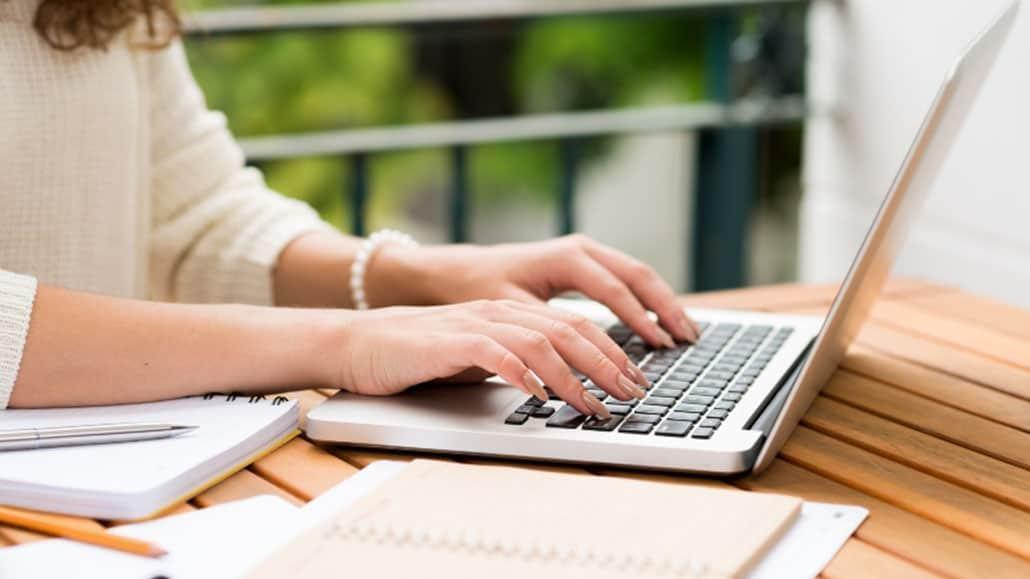 Một số điều nên tránh đề cập trong thư mời việc làm