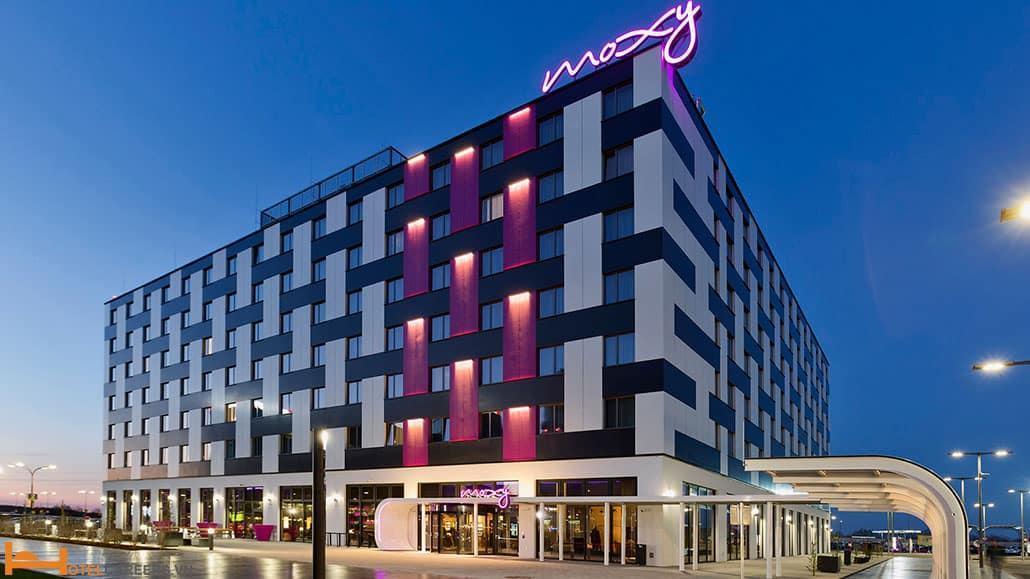 Thương hiệu khách sạn Moxy by Marriott