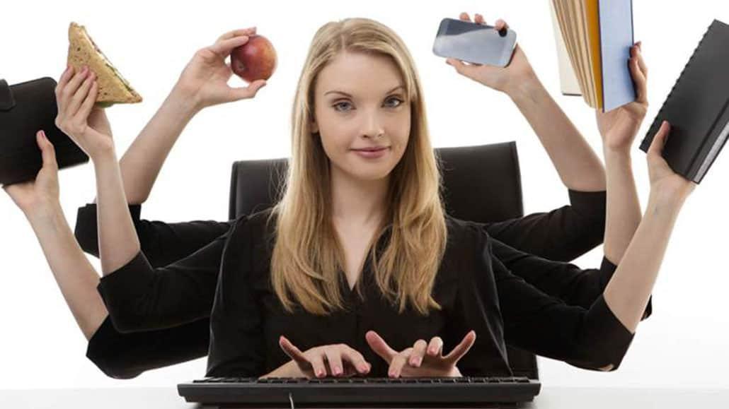 Nhân viên hành chính văn phòng làm nhiều việc khác nhau