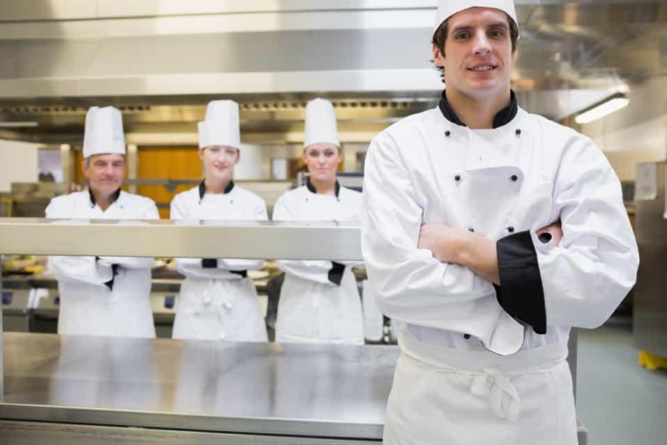 Nhiệm vụ và trách nhiệm của nhân viên bếp