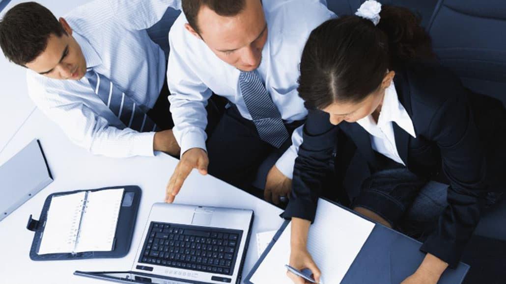 Vị trí quản lý làm việc hiệu quả với nhân viên