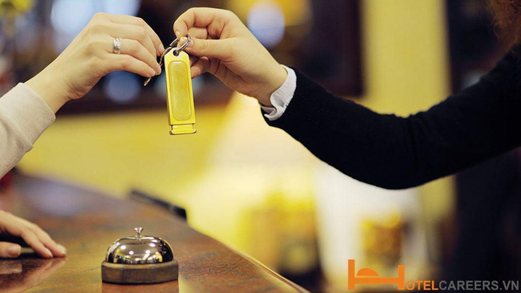 Quy trình check out khách sạn