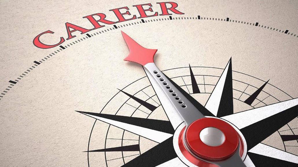 Tập trung vào cơ hội nghề nghiệp thực tế