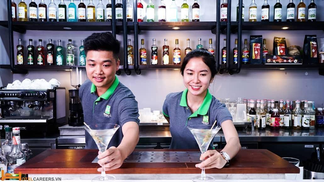 Thông tin về khóa học Bartender tại Sài Gòn Tourist
