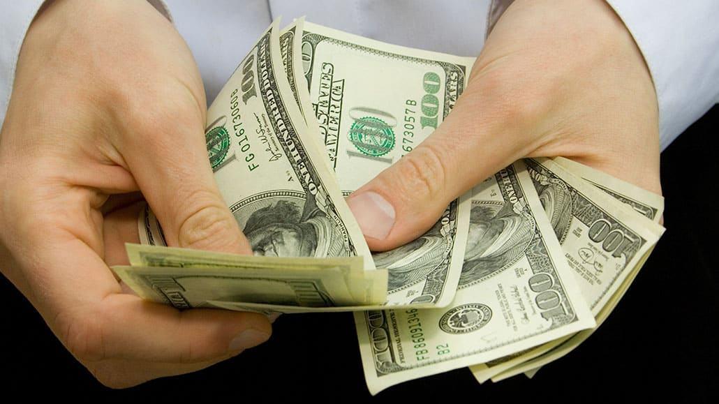 Thu nhập của nhân viên Gift Shop